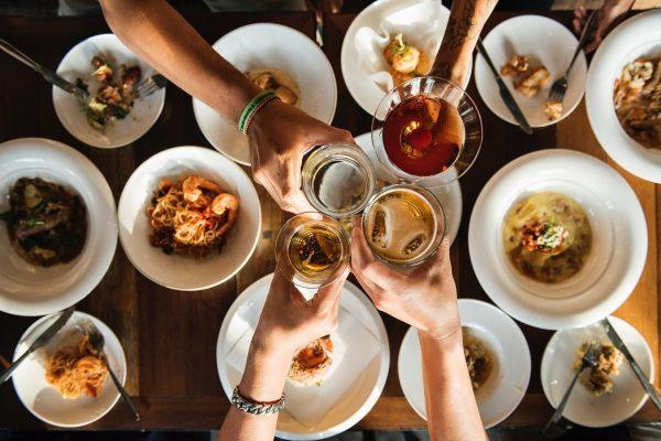 Promo Spesial Natal: Makan Gratis Bareng Keluarga Ditanggung Foodspot