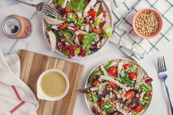 Yakin Saladmu Cocok Buat Diet? Cek Dulu Kalori Salad Dressing-nya!